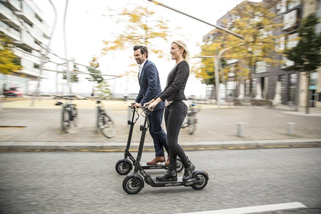 Die 10 besten Gründe, einen Elektro-Scooter zu kaufen!